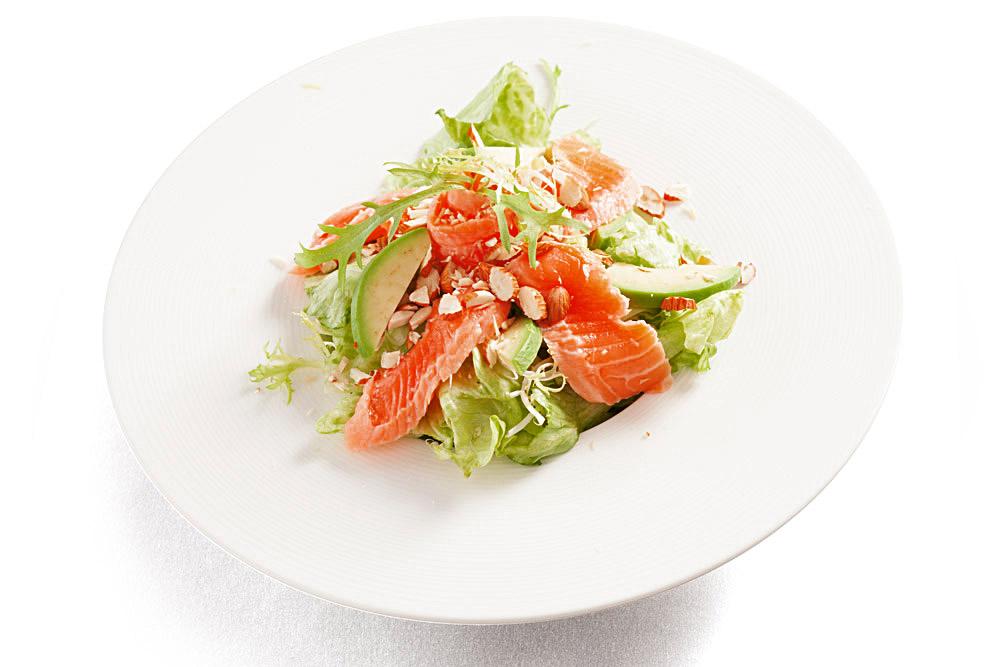 Салат из лосося фото